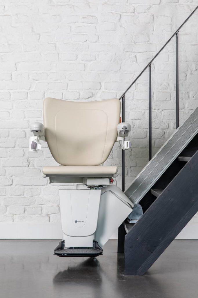 monte-escalier droit mobilys