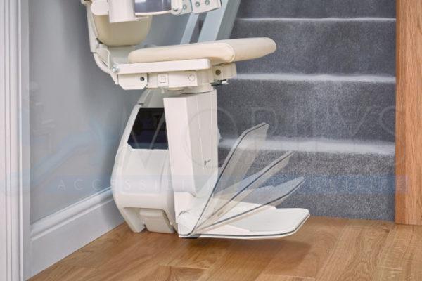 Option repose pied automatique du siège monte escalier droit Mobilys